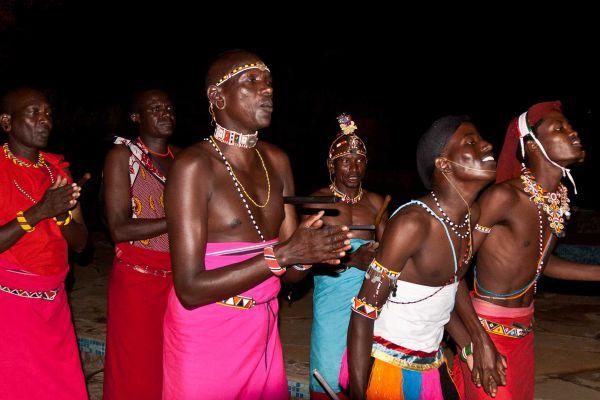 samburu-dancersFED74854-98DA-53ED-E963-BA0B2EC2645E.jpg