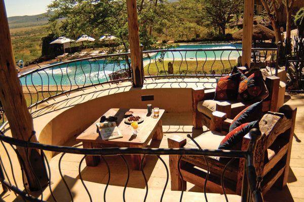 swimming-pool-view09CC8DF4-F07D-B08B-5332-B3EF57343791.jpg