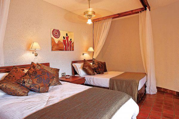 room-interior7F075CB1-778A-914C-41E4-5D2D075A305A.jpg
